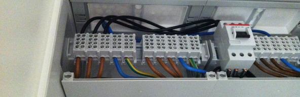 Hausanschluss & Elektroschrank